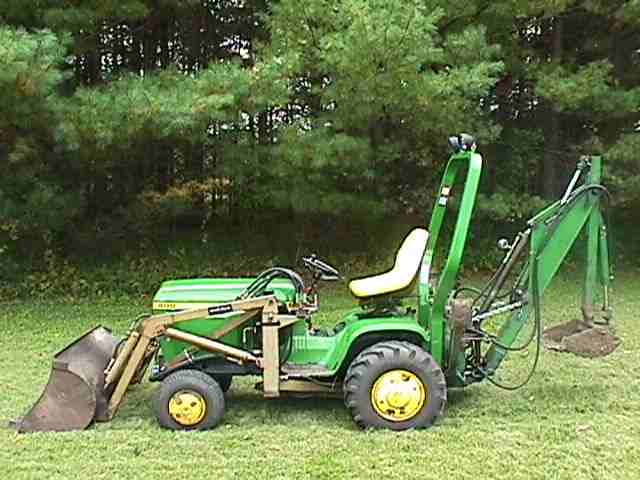 Lawn garden tractors collectors mark alberts for Lawn and garden implements